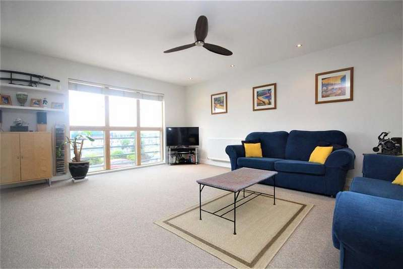 2 Bedrooms Flat for sale in Villandry, Fort Road, Newhaven