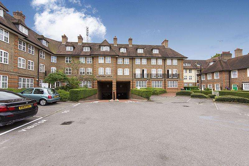 2 Bedrooms Apartment Flat for sale in Corringway, NW11