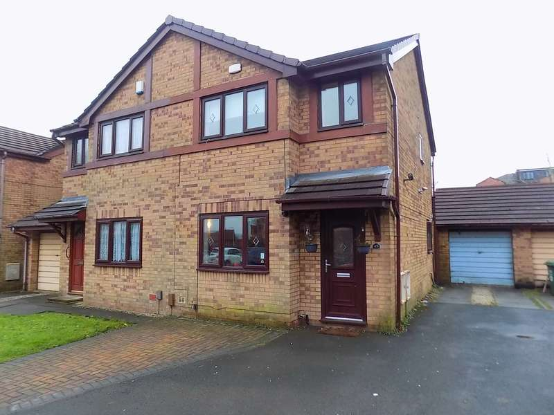 3 Bedrooms Semi Detached House for sale in Spinning Meadow, Bolton, BL1