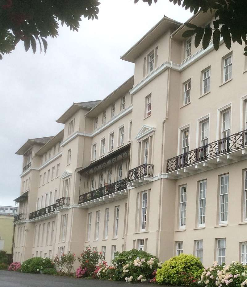 2 Bedrooms Apartment Flat for sale in Brigstocke Terrace, Ryde, Isle of Wight, PO33
