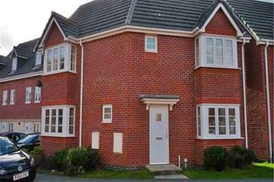 3 Bedrooms Detached House for rent in Phoenix Place, Chapelford, WA5 8HB