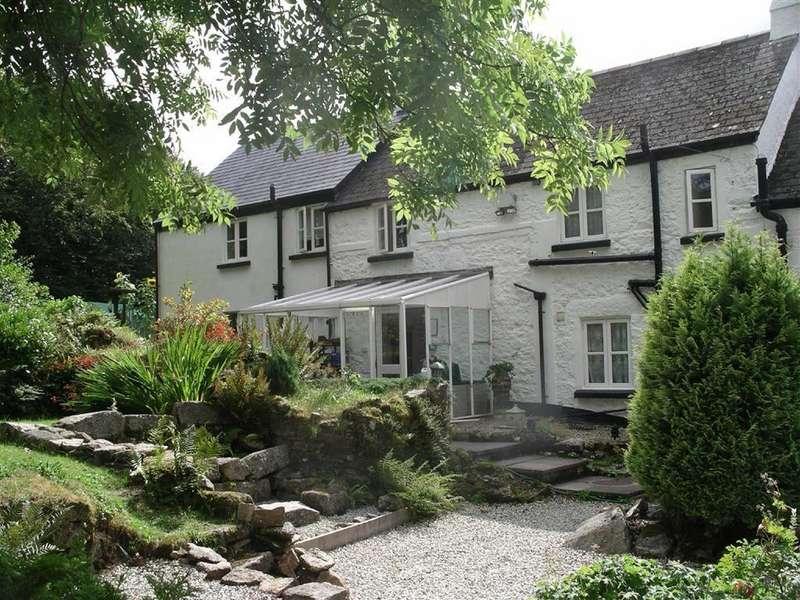 7 Bedrooms Detached House for sale in Postbridge, Yelverton, Devon, PL20