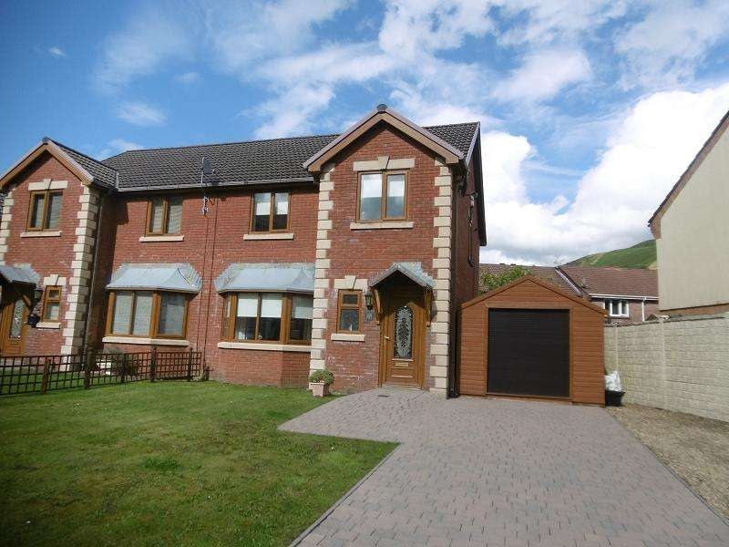 3 Bedrooms Semi Detached House for sale in Graig Newydd , Godrergraig, Swansea.