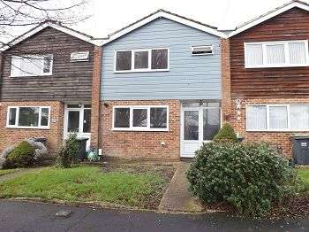 3 Bedrooms House for rent in Galaxie Road, Cowplain, Hampshire, PO8 9AT