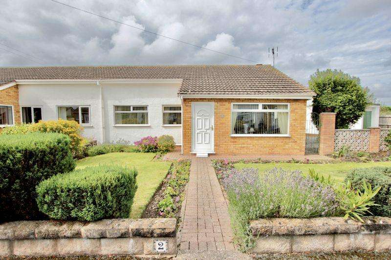 3 Bedrooms Semi Detached Bungalow for sale in Worcester Drive, Prestatyn