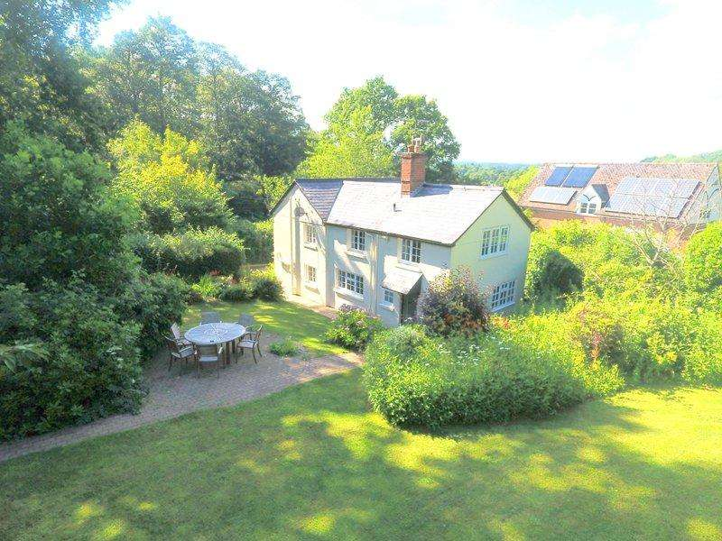 3 Bedrooms Cottage House for sale in NEW FOREST Mockbeggar, Ringwood, BH24 3NN