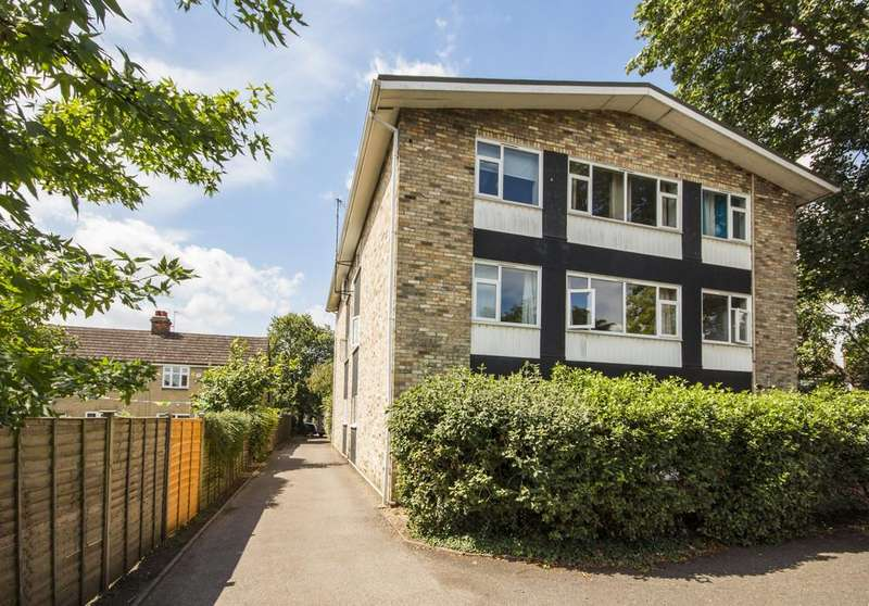 2 Bedrooms Ground Flat for sale in Codon Court, Union Lane