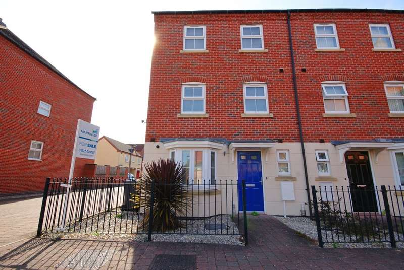 4 Bedrooms Property for sale in Moorhen Close, Witham St Hughs, Lincoln LN6