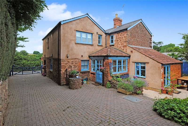 4 Bedrooms Detached House for sale in Station Road, Milverton, Taunton, Somerset, TA4