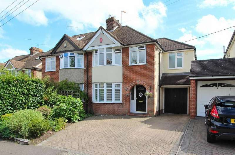 4 Bedrooms Semi Detached House for sale in Sixth Avenue, Chelmsford, Essex, CM1