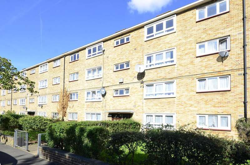 2 Bedrooms Flat for sale in Lonsdale Avenue, Beckton, E6