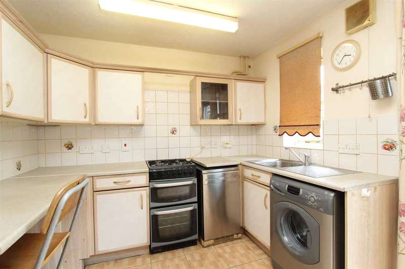 2 Bedrooms House for rent in Chelmer Drive, South Ockendon