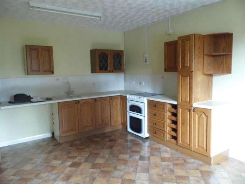 2 Bedrooms Flat for rent in Hunstanton Road, Dersingham, King's Lynn