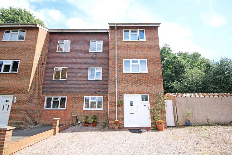 5 Bedrooms House for sale in Orchard Way, Addlestone, Surrey, KT15