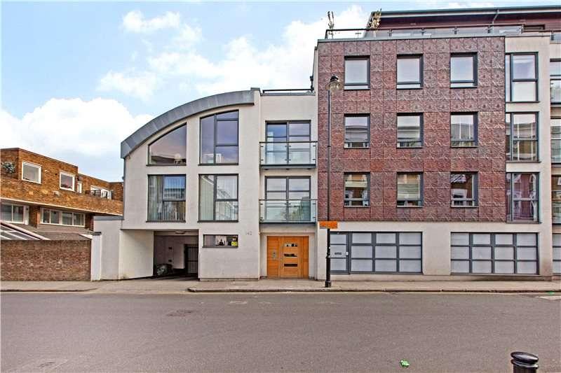1 Bedroom Flat for sale in Offord Road, London, N1