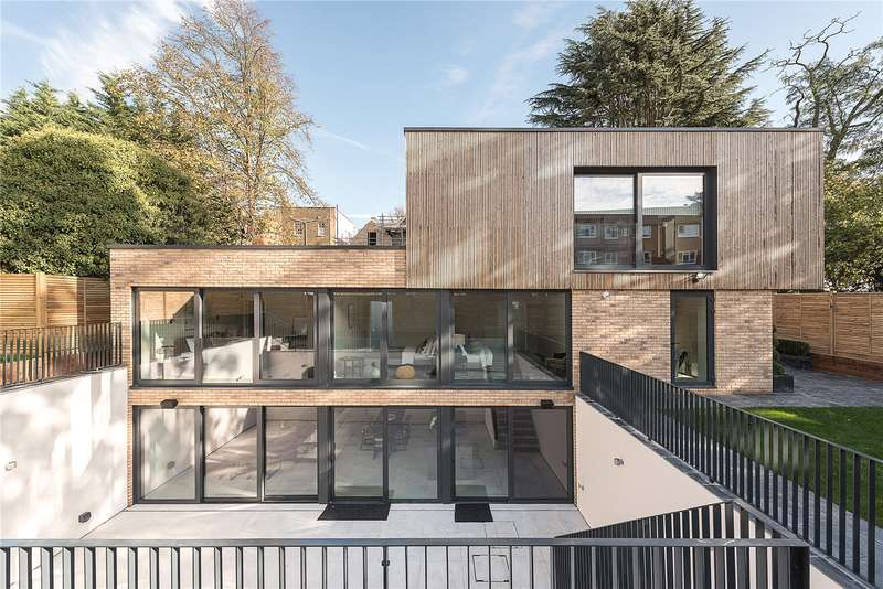 4 Bedrooms Detached House for sale in The Fortis Collection, Eastern Road, London, N2