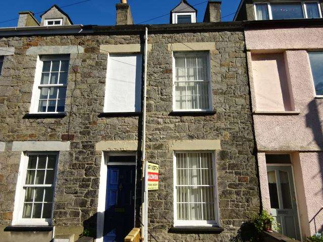4 Bedrooms Terraced House for sale in UPPER GARTH ROAD, BANGOR LL57