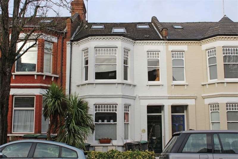 3 Bedrooms Flat for sale in Greenham Road, Muswell Hill, London
