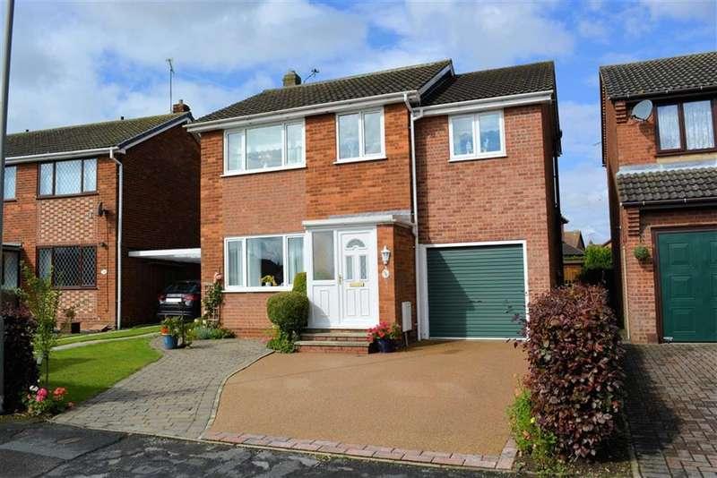 4 Bedrooms Detached House for sale in Greenacres Grove, Brayton, YO8