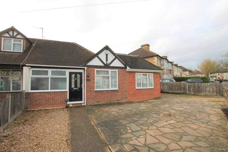 3 Bedrooms Semi Detached Bungalow for sale in Hibbert Avenue, Watford