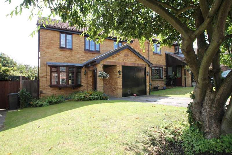 4 Bedrooms Detached House for sale in The Croft, Leybourne, West Malling