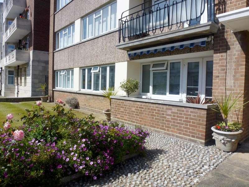 3 Bedrooms Flat for rent in Ashbourne Court, Burlington Place, Eastbourne