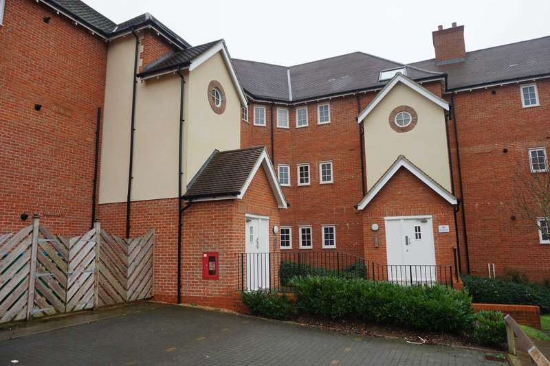 1 Bedroom Apartment Flat for rent in Wroughton Road, Halton, Wendover, Buckinghamshire.