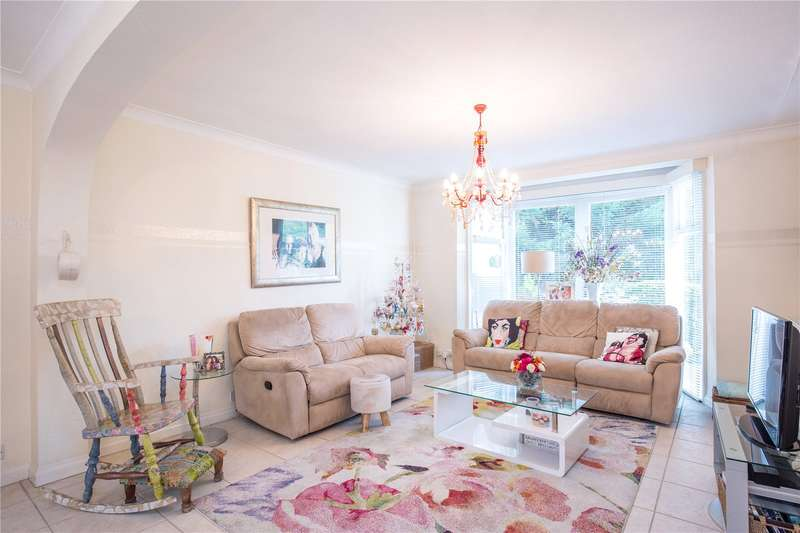 5 Bedrooms Semi Detached House for sale in Deansway, East Finchley, London, N2