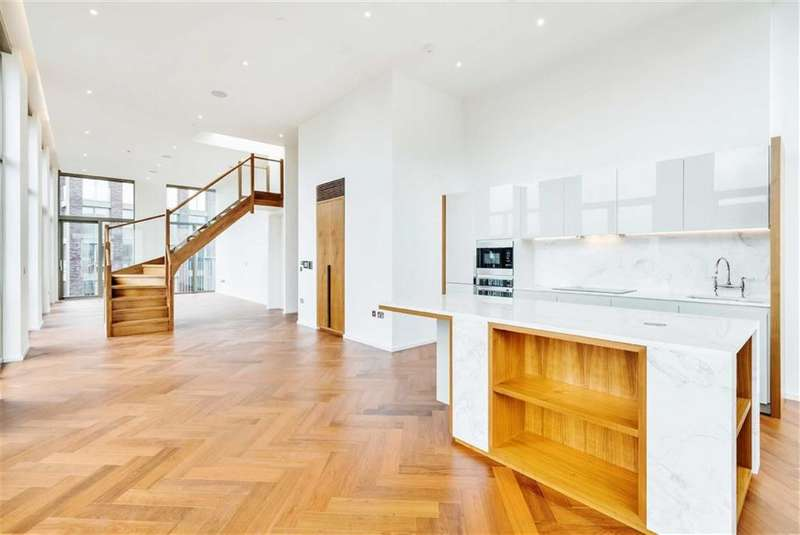 3 Bedrooms Apartment Flat for sale in Capital Building, Embassy Gardens, Nine Elms, London