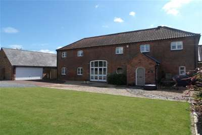 4 Bedrooms Barn Conversion Character Property for rent in Cropwell Road, Radcliffe On Trent