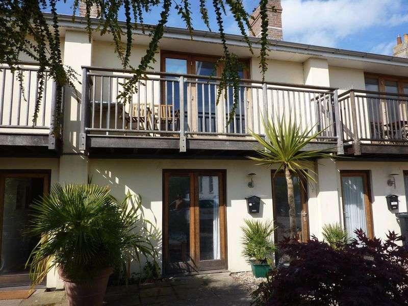 2 Bedrooms Property for sale in Pound Road, Lyme Regis