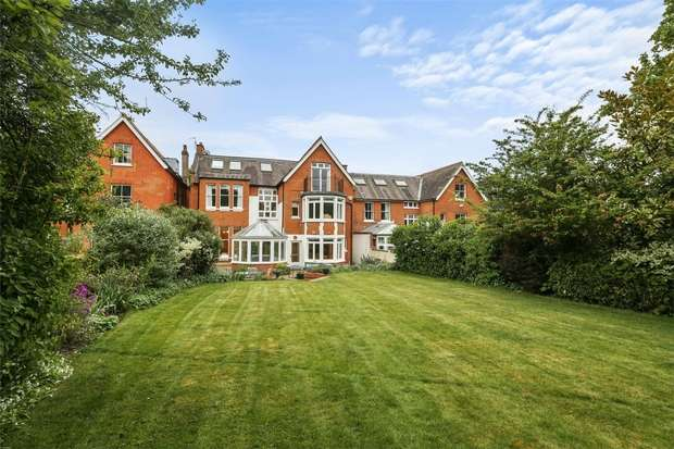 7 Bedrooms Detached House for sale in Park Hill, Ealing