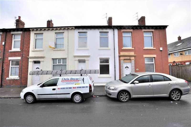 2 Bedrooms Terraced House for sale in Handsworth Road, North Shore, Blackpool, Lancashire, FY1 2QZ