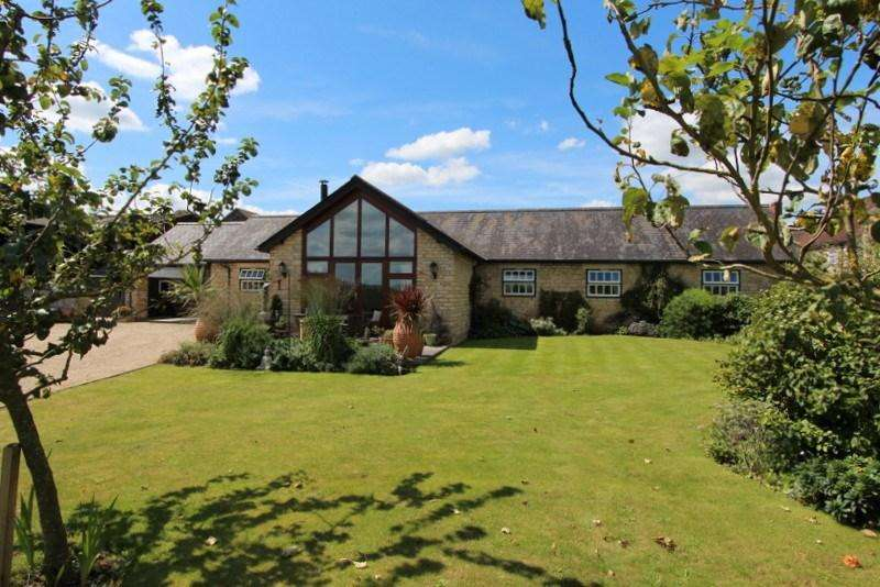 3 Bedrooms Barn Conversion Character Property for sale in Marnhull, Dorset