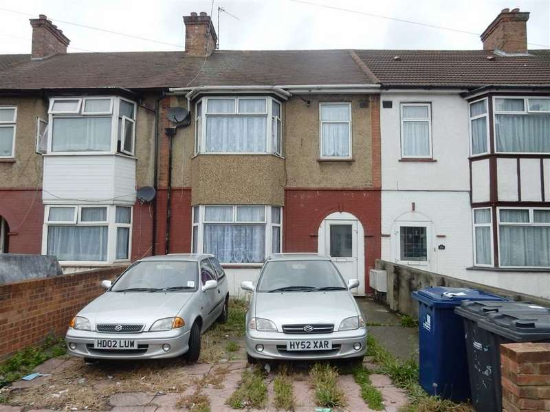 Terraced House for sale in Western Road, Southall, Middlesex