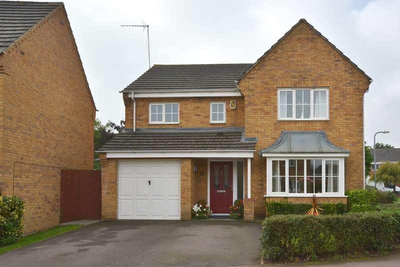 4 Bedrooms Detached House for sale in Chapmans Drive, Milton Keynes, Northamptonshire, MK19