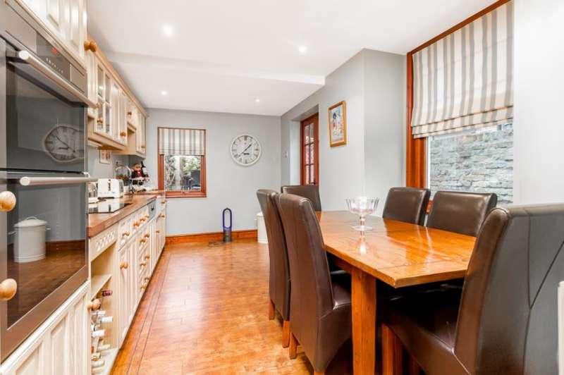 3 Bedrooms House for sale in Highbury, London N5