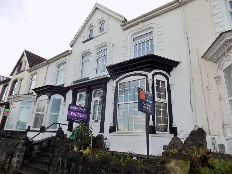 4 Bedrooms Terraced House for sale in Hillside , Cimla, Neath, Neath Port Talbot. SA11 1TS