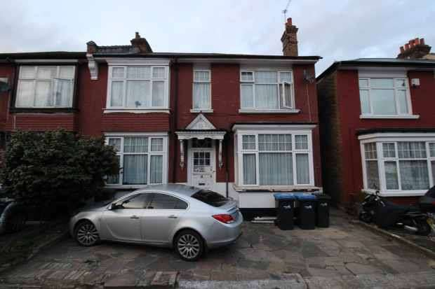 11 Bedrooms Semi Detached House for sale in Sidney Avenue, London, Greater London, N13 4UY