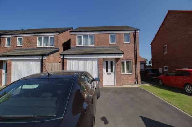 3 Bedrooms Detached House for sale in Alnwick Way, Morpeth, Northumberland, NE65 0GQ