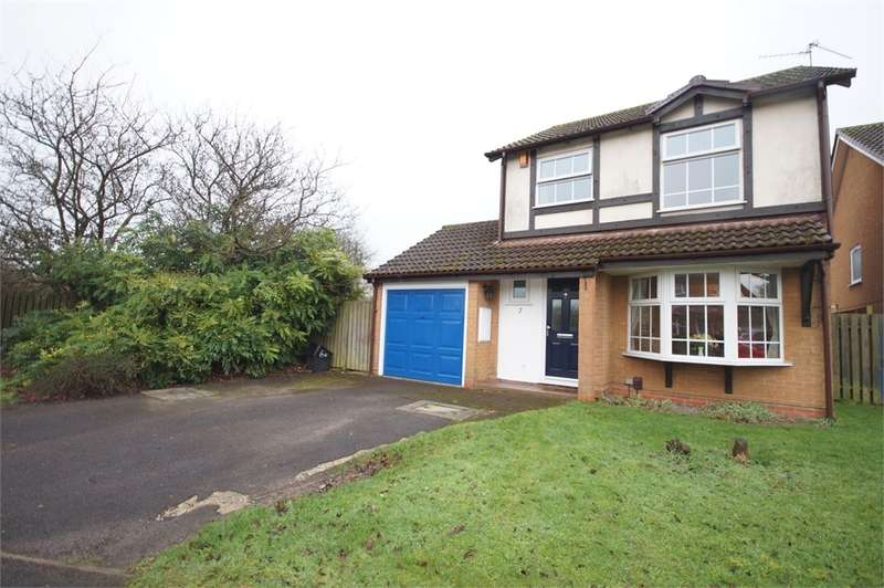 3 Bedrooms Detached House for sale in Chatteris Way, Lower Earley, READING, Berkshire