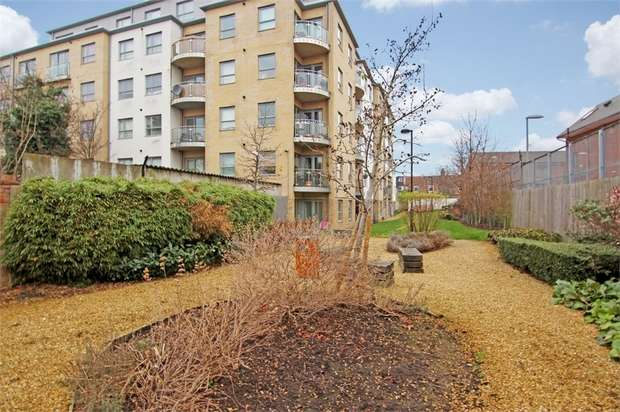 1 Bedroom Flat for sale in Thomas Jacomb Place, Erksine Road, London