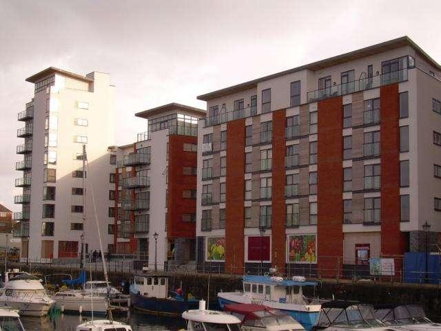 2 Bedrooms Apartment Flat for rent in Meridian Wharf, Trawler Road, Swansea. SA1 1LB.