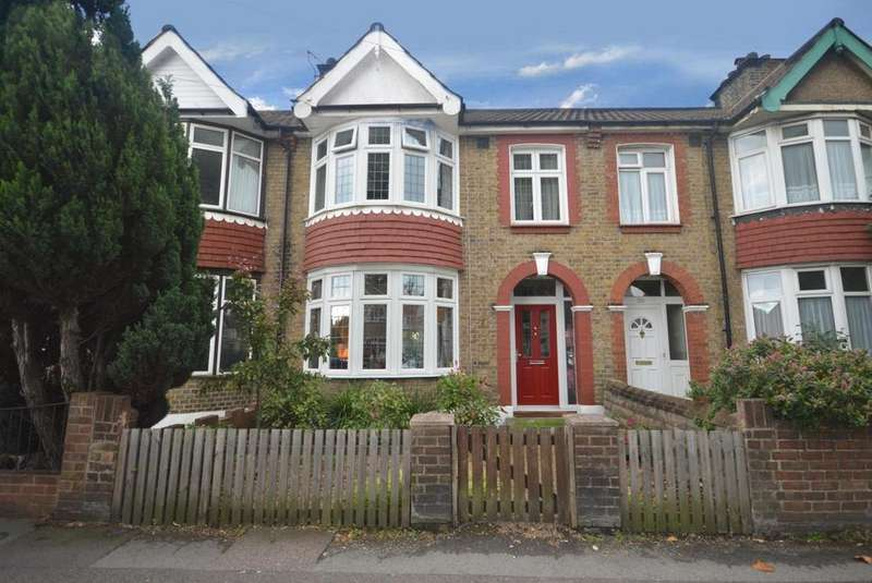3 Bedrooms Terraced House for sale in Upminster Road South, Rainham, Essex, RM13