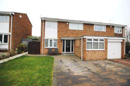 4 Bedrooms Semi Detached House for sale in Chacombe, Washington, Tyne and Wear, NE38