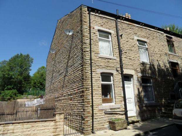 2 Bedrooms End Of Terrace House for sale in Barker Street Todmorden