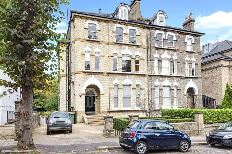 3 Bedrooms Flat for sale in Thurlow Road, Hampstead Village