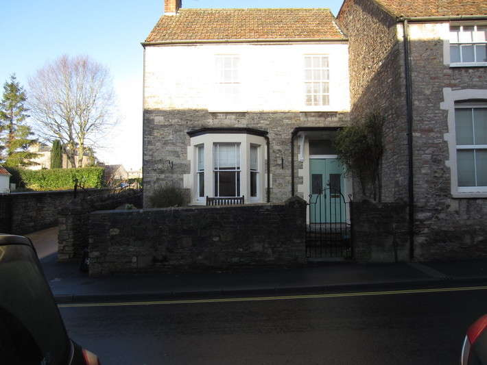 2 Bedrooms End Of Terrace House for rent in St Thomas Street, Wells