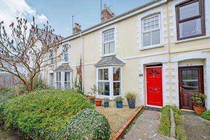 3 Bedrooms Terraced House for sale in Wadebridge, Cornwall, England