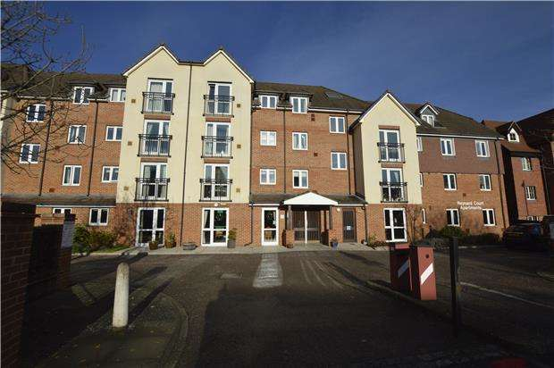 1 Bedroom Flat for sale in Reynard Court, 10 Foxley Lane, PURLEY, Surrey, CR8 3EN